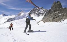 Infraestrutura e diversas opções de lazer para os amantes de esportes de neve em Interlaken