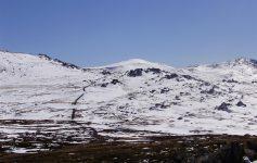 Algumas das trilhas de acesso ao Monte Kosciuszko