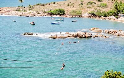 Praia de Calhetas, uma das mais lindas do Brasil, em Cabo de Santo Agostinho - PE