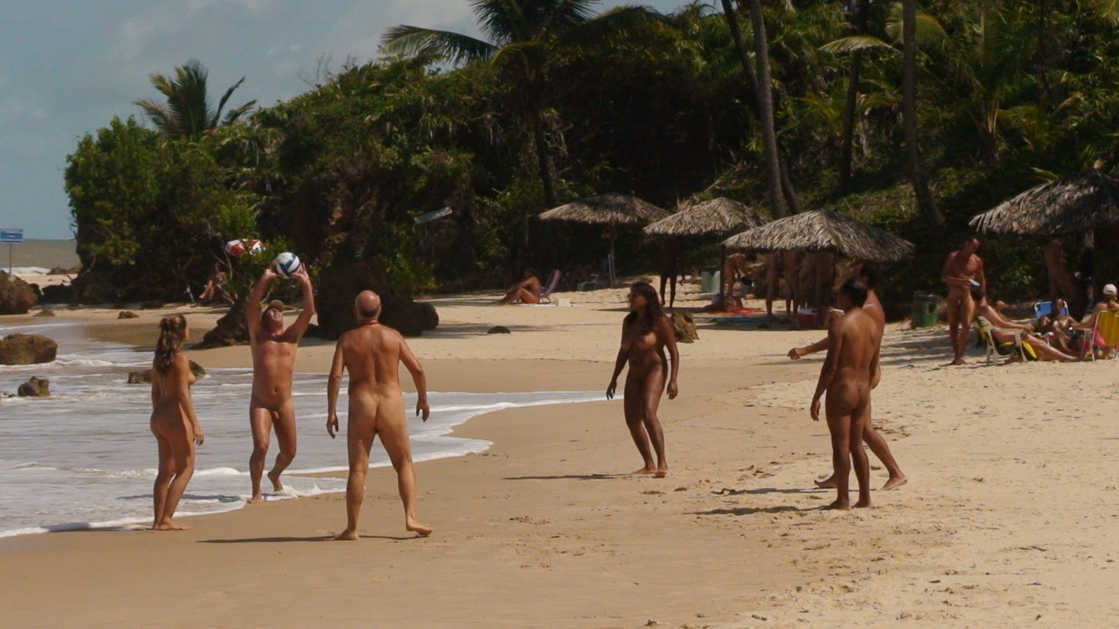 Praia de Tambaba  A malícia está no tecido  Viajando com