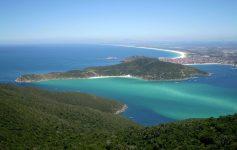 Ilha do Cabo Frio - Ilha do Farol em Arraial do Cabo - RJ / Foto: Stanley Wagner