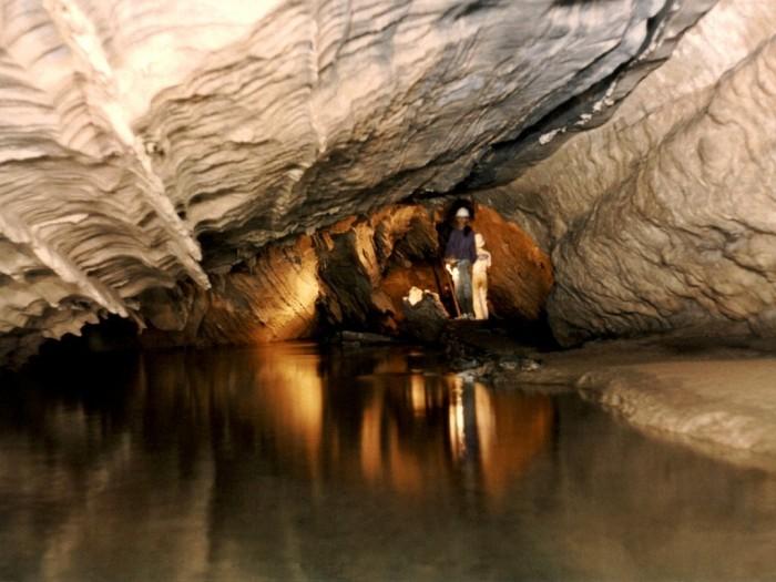 As Cavernas do Parque Estadual Turístico do Alto Ribeira (PETAR) – SP