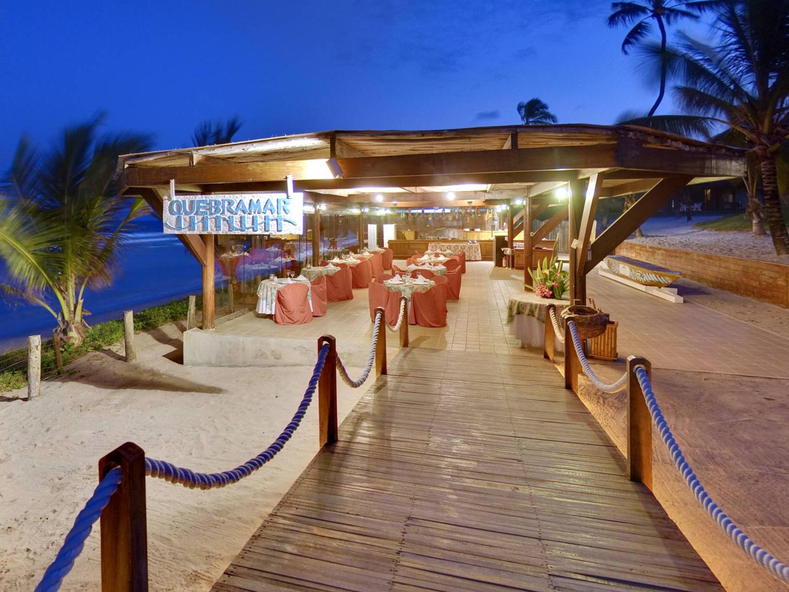 Summerville Beach Resort tem jantar Gourmet em Porto de