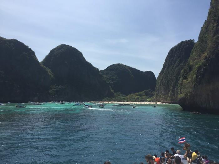 Chegando de Ferry em Maya Bay
