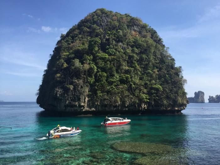 Lo Saman Bay