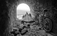 Mochila e Bike - Nas ruínas de uma antiga mineradora