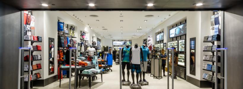 6113c79759b50 Oakley inaugura sua nova loja no Shopping Rio Sul - RJ - Trilhas e ...