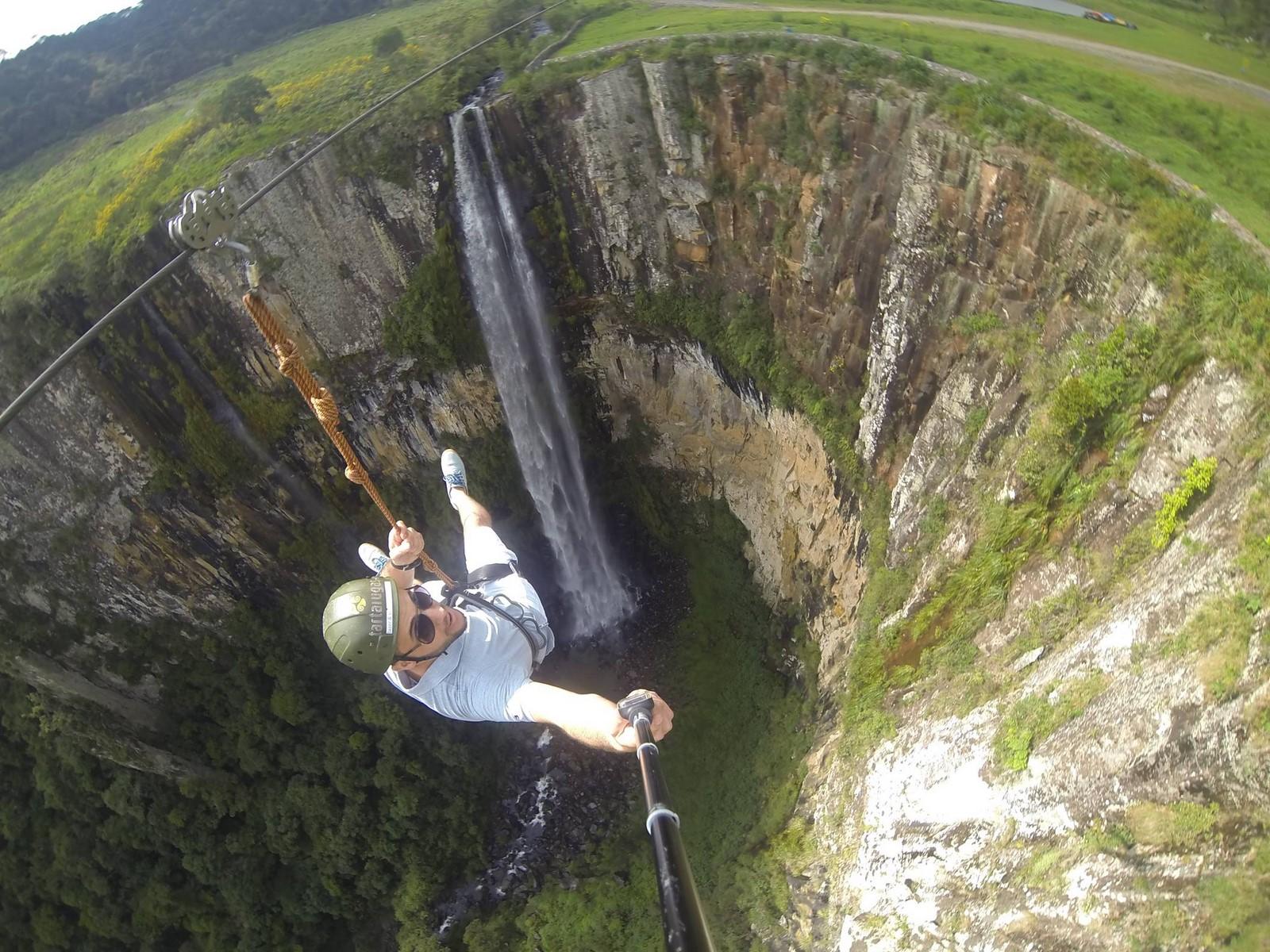 Tirolesa no Parque Cascata do Avencal em Urubici – SC