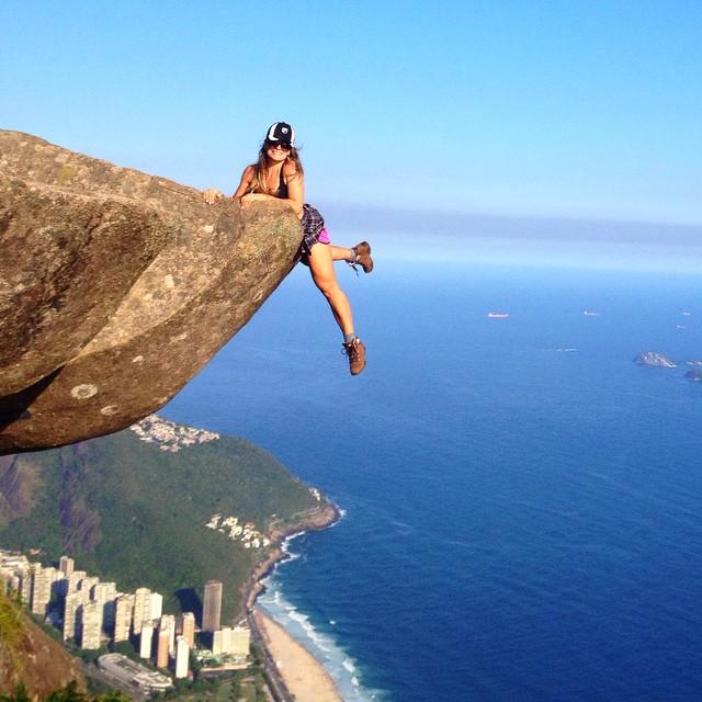 Pedra do Raio - por Vivian Telles - @vivianctelles
