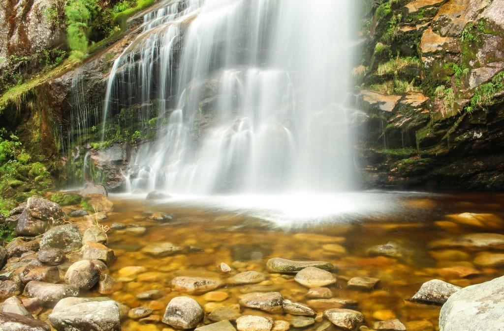 Poço Paraíso e Cachoeira Véu da Noiva em Petrópolis - RJ - Trilhas e Aventuras
