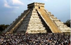 Equinócio de primavera em Chichen Itzá