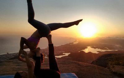 AcroYoga no Rio de Janeiro - Pôr-do-sol na Pedra Bonita