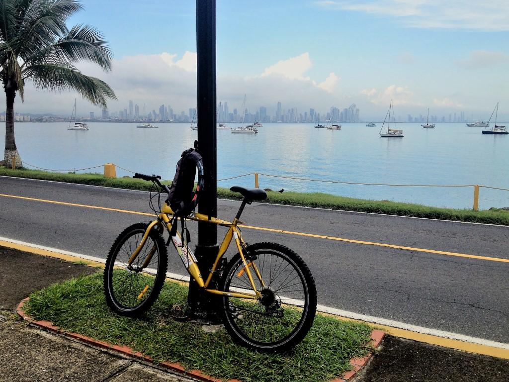 Calçada Amador, ótima para um rolê de bike