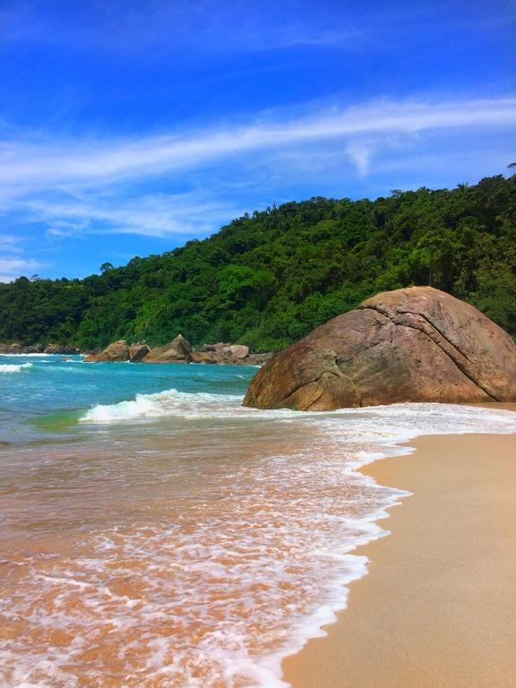 Vale a pena conhecer a Praia de Antigos