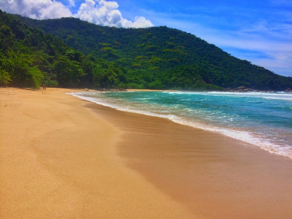 Praia de Antigos... E a cor desse mar maravilhoso?!