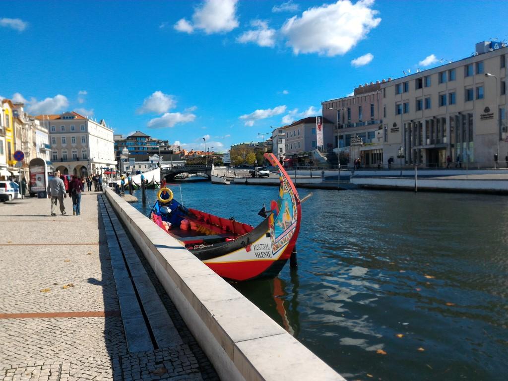 Aveiro, a Veneza portuguesa, imperdível durante esse roteiro de carro em Portugal