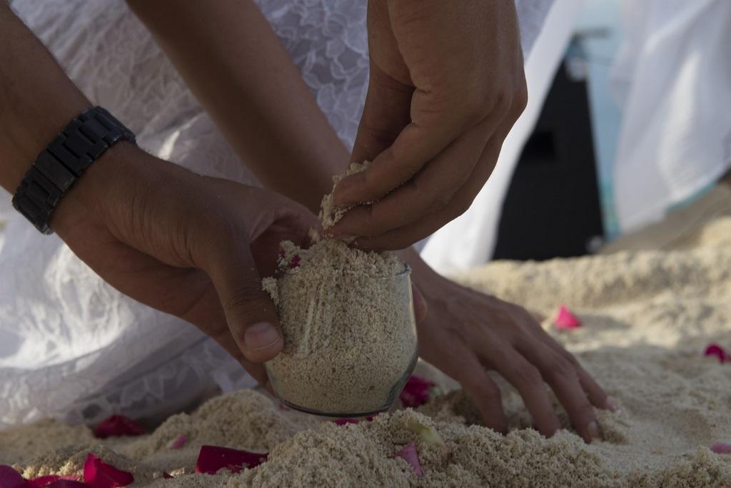 Ritual da areia, simboliza a união em construir uma vida em comum.
