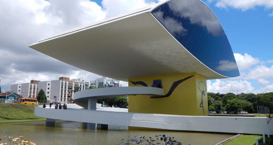 Museu do Olho de Oscar Niemeyer, em Curitiba