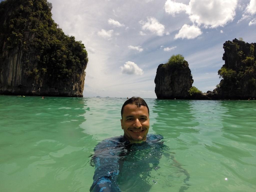 Em Hong Island, não há trânsito de barcos, perfeito para curtir aquele mergulho