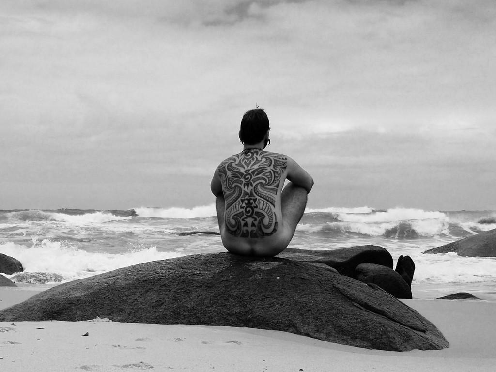 Praias de Naturismo e nudismo no Nordeste e Brasil - vídeos