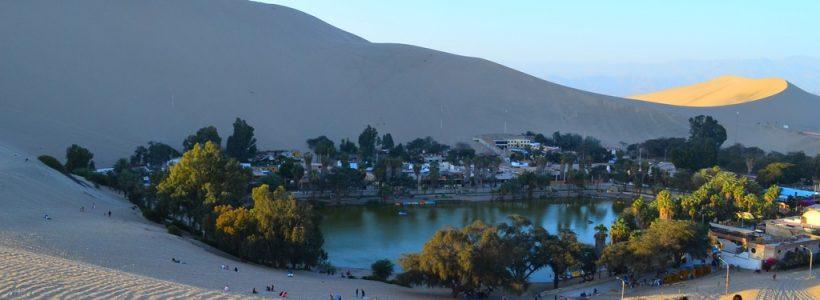 Oásis de Huacachina, destino exótico no Peru