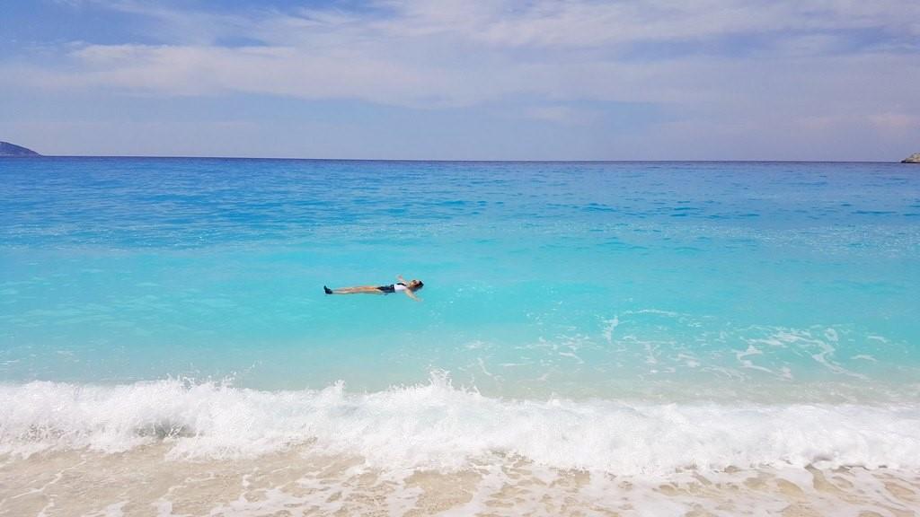Não podia faltar um mergulho nessas águas!