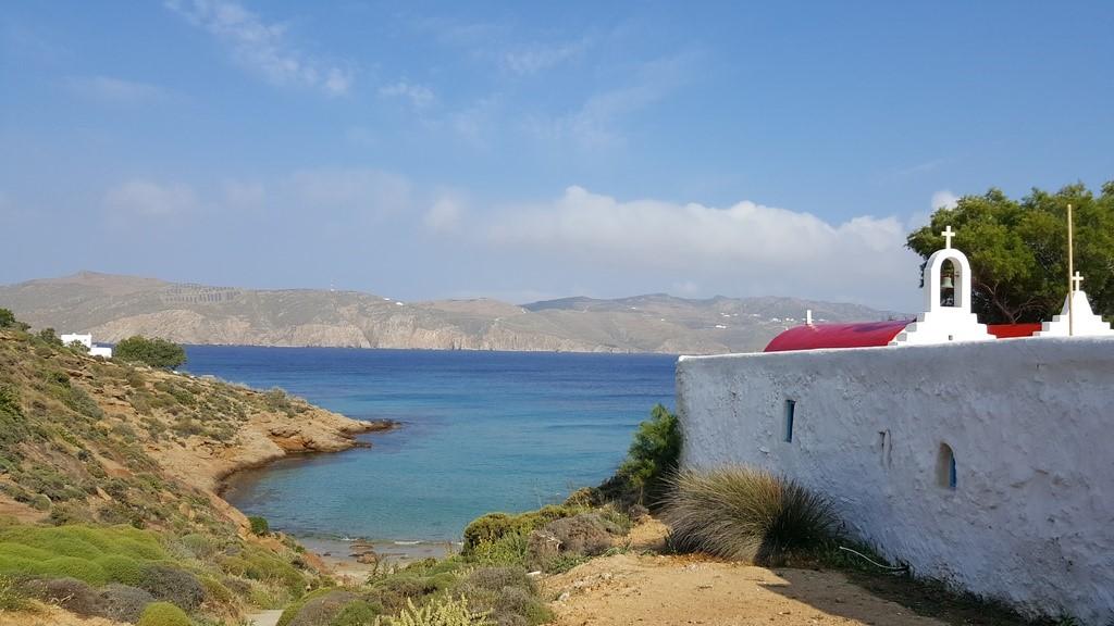 Praia de Agios Sostis vista da Kiki Taverna