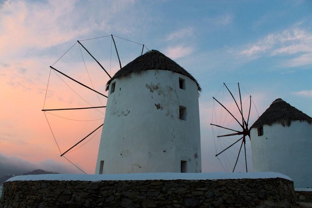 Anoitecer nos moinhos de Mykonos