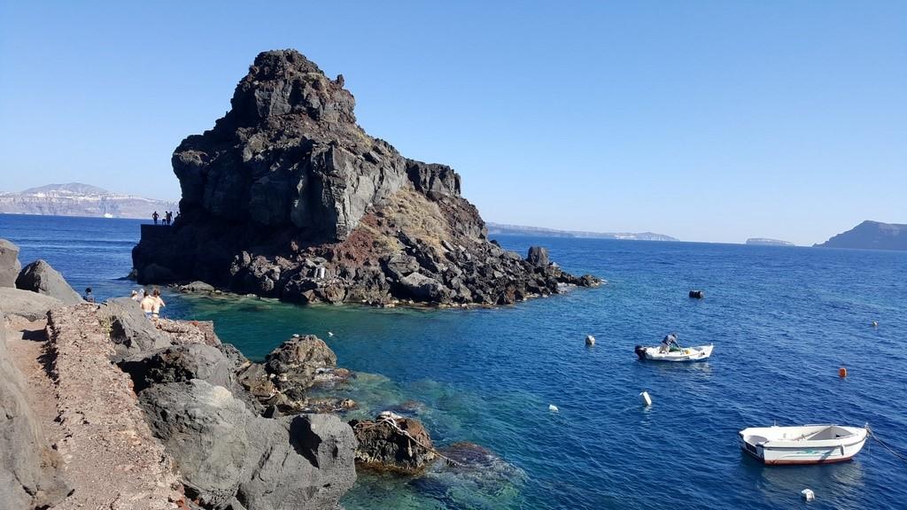 """Praia """"escondida"""" a esquerda dos restaurantes de Ammoundi Bay"""