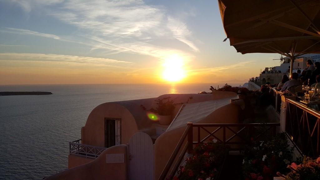 Pôr do sol no restaurante Kastro