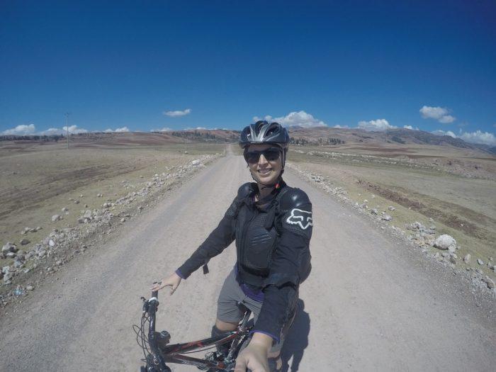 Em uma das trilhas para Maras e Moray no Peru