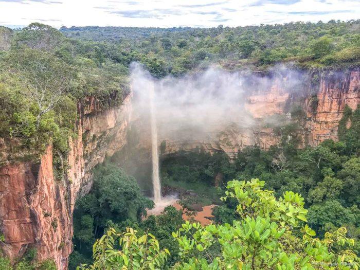 Cachoeira Véu de Noiva, na Chapada dos Guimarães - MT