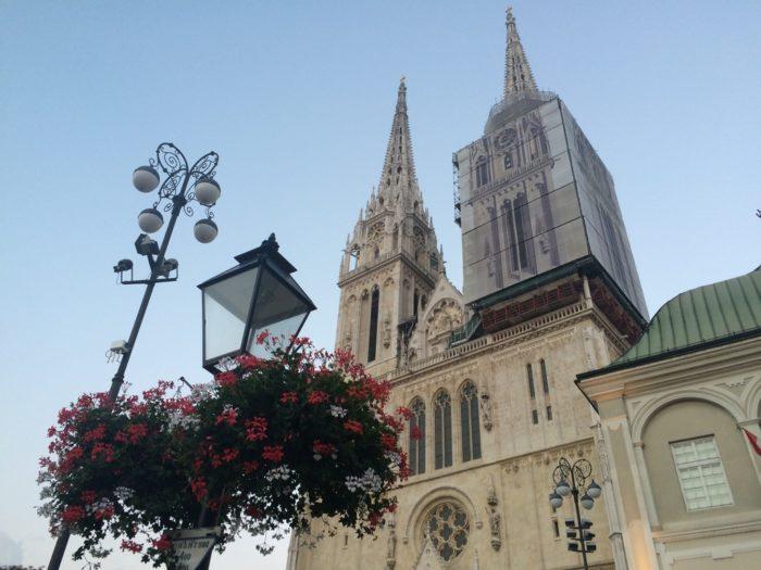Catedral da Assunção de Virgem Maria em Zagreb, na Croácia