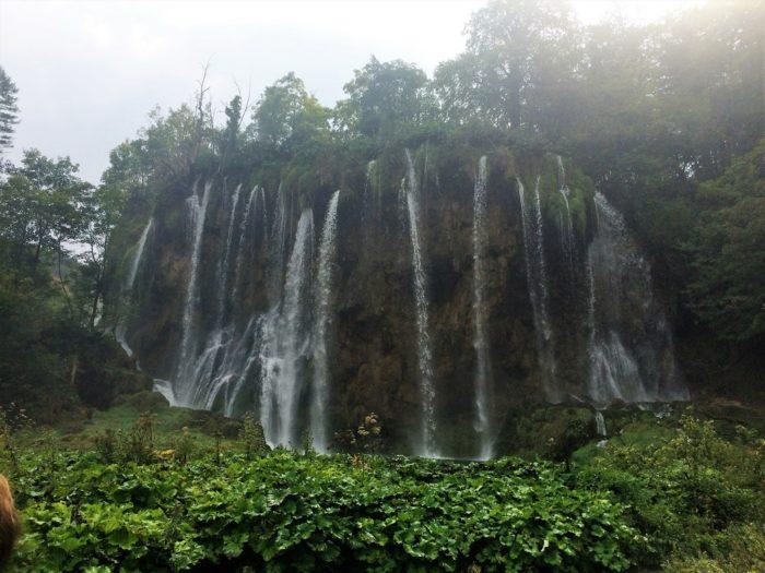 Cachoeiras não faltam em Plitivice - Croácia